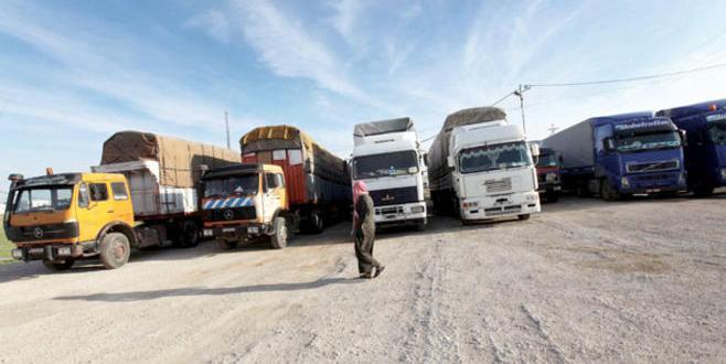 النقل: استمرار العمل بآلية دخول الشاحنات والبرادات بين الاردن ومصر