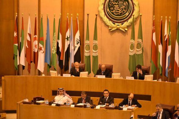 """مواجهة """"عاصفة وحادة"""" بين دول المقاطعة وقطر في اجتماع الجامعة العربية."""
