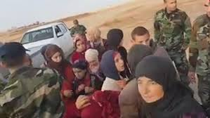 الجيش السوري يحرر جميع مختطفي محافظة السويداء الـ 19 من نساء وأطفال