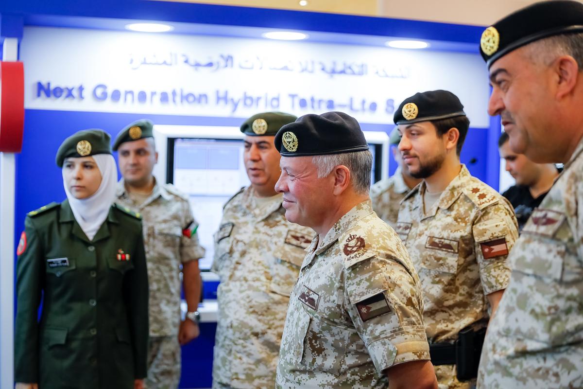 جلالة الملك عبدالله الثاني يزور هيئة الاتصالات الخاصة