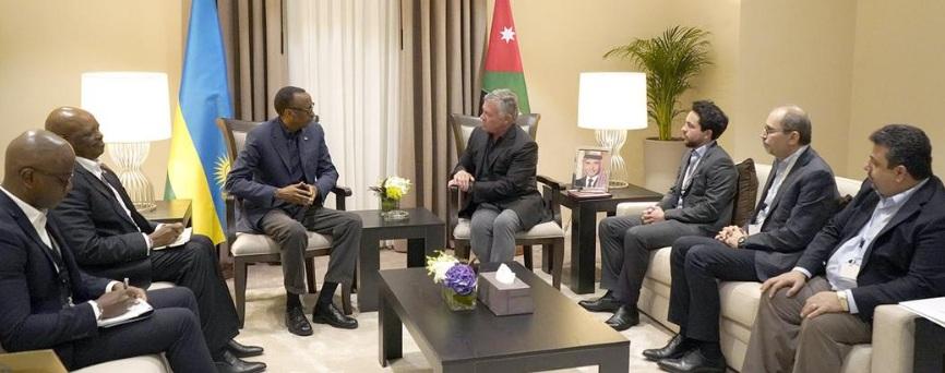 الملك يلتقي رئيس رواندا ونائب رئيس الوزراء الصومالي