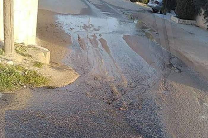 ماسورة مياه مكسورة منذ 6 أشهر في عين الباشا