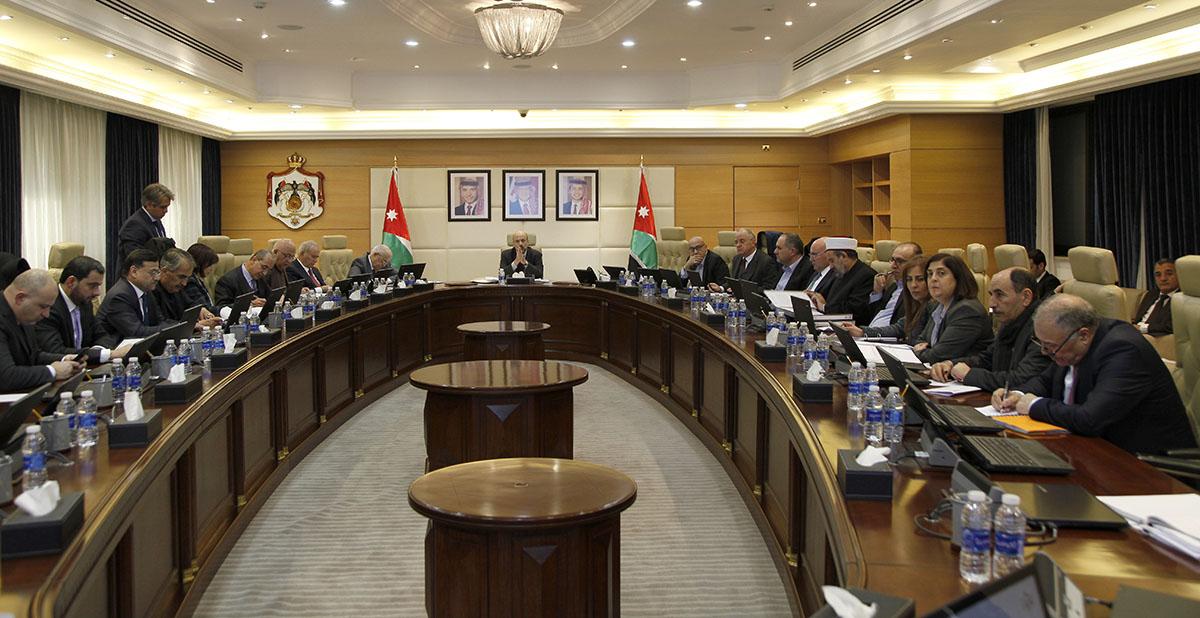 مجلس الوزراء الأردني يناقش تداعيات الأحداث بالمسجد الأقصى المبارك