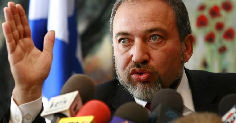 ليبرمان: مسؤولية الحرب يتحملها قادة حماس ولكن سكان قطاع غزة هم من سيدفع الثمن