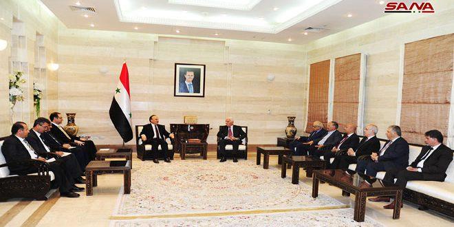 خمسة فصائل فلسطينية في دمشق تقاطع اللقاء مع وفد المنظمة برئاسة الأحمد