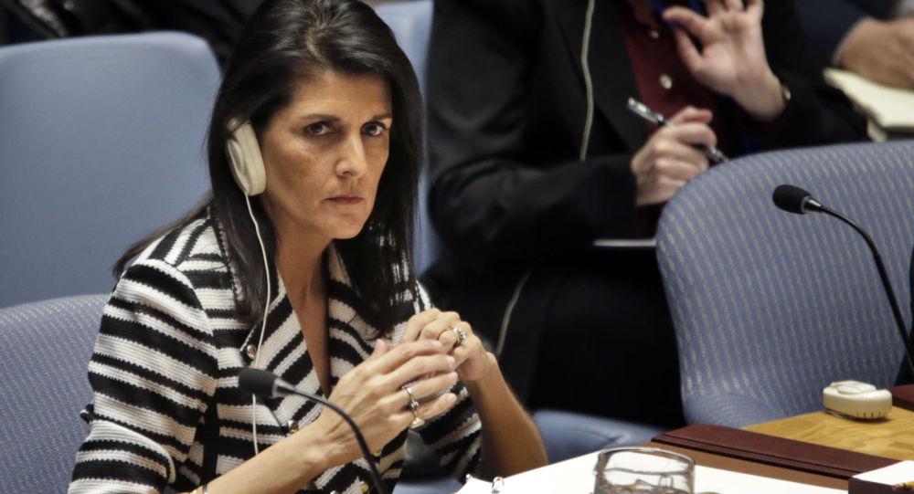 """السفيرة الأمريكية هايلي تتجاهل فلسطين في مجلس الأمن وتفتح """"حربا"""" مع إيران!"""
