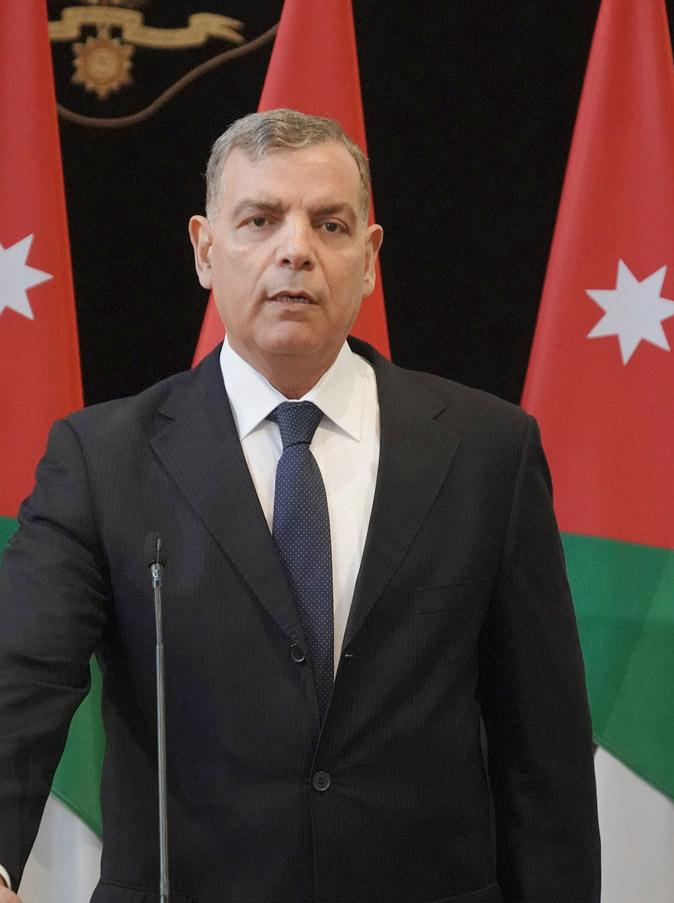 وزير الصحة: الوزارة جاهزة لفحص الحالات المتشبه بإصابتها بالكورونا