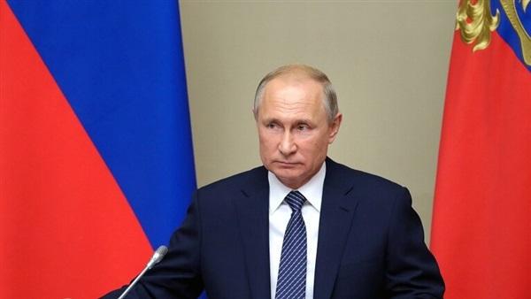"""بوتين يصدر أمرا للقوات المسلحة الروسية لمواجهة تفشي فيروس """"كورونا"""""""