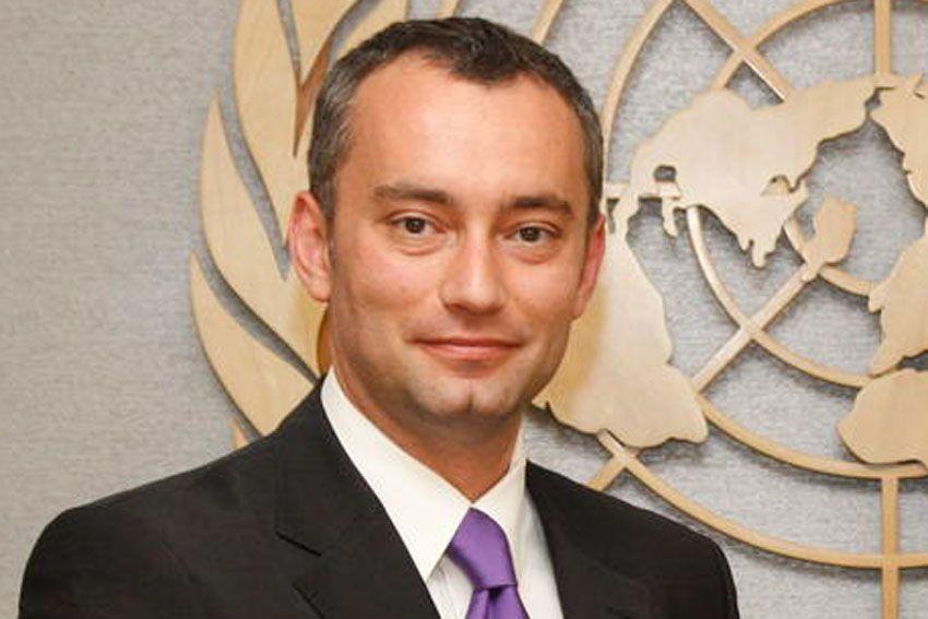 ملادينوف: ناقشت مع الرباعية الدولية إحياء مفاوضات السلام