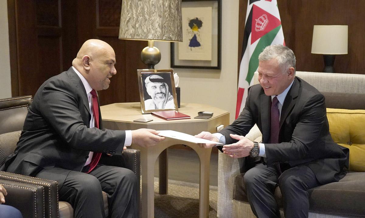 جلالة الملك عبدالله الثاني يستقبل وزير الخارجية اليمني خالد اليماني في قصر الحسينية