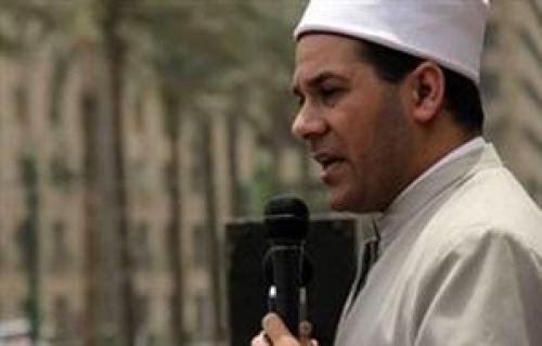 طرد شيخ الثورة من الميدان .. وهتافات ضد المرشد