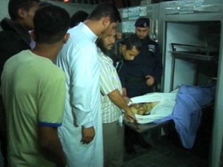 قصف إسرائيلي يقتل ناشطا فلسطينيا في جنوب قطاع غزة