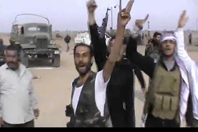 سقوط 95 شهيدا والجيش الحر يسيطر على مطار عسكري