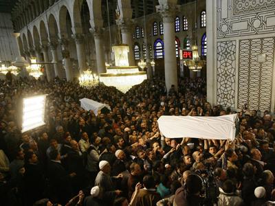 تشييع جثمان البوطي بدمشق ومفتي سورية يدعو الأسد للمصالحة