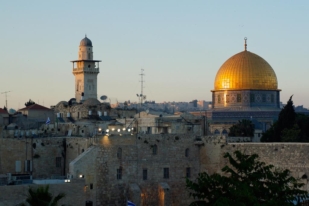 """""""أملاك الغائبين"""".. قانون إسرائيلي لتهويد القدس"""