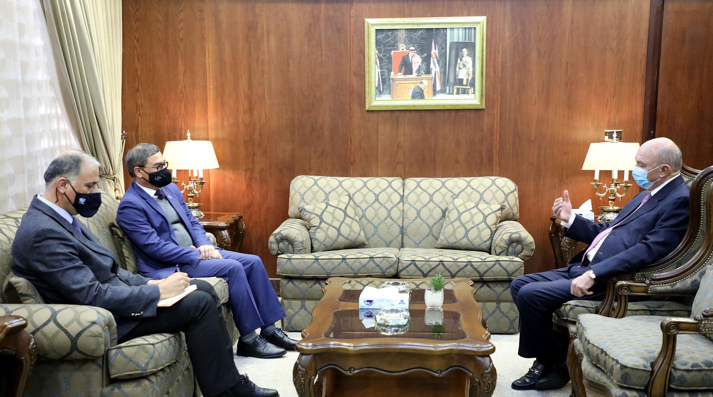 رئيس مجلس الأعيان يلتقي سفير جمهورية أفغانستان الإسلامية لدى المملكة