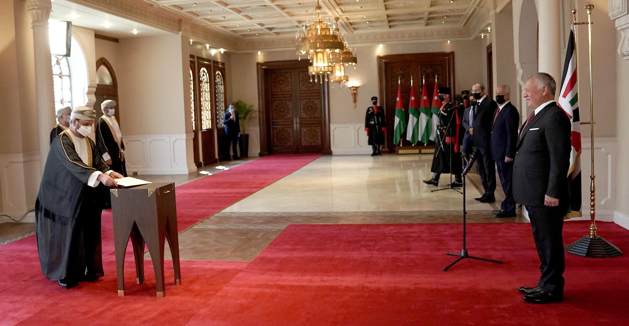جلالة الملك يتقبل أوراق اعتماد عدد من السفراء