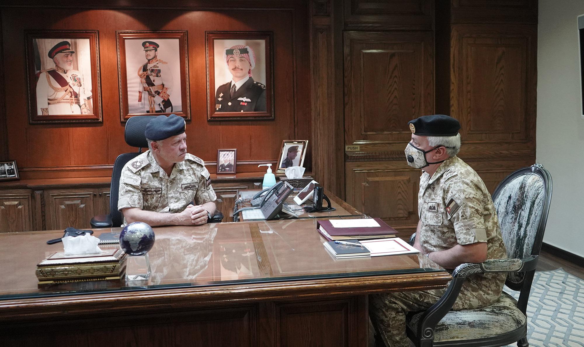 جلالة الملك عبدالله الثاني يزور القيادة العامة للقوات المسلحة