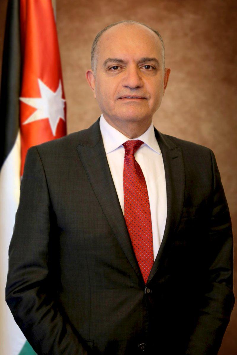 العضايلة: المطارات الأردنية ستبقى مفتوحة لاستقبال المواطنين