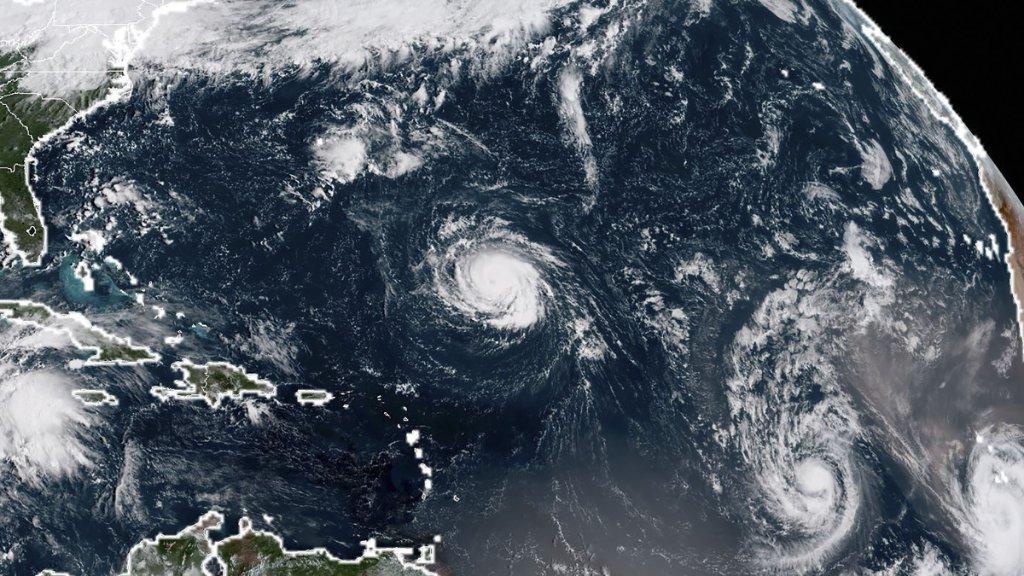 وكالة أمريكية تتوقع خسائر هائلة بسبب إعصار فلورنس القادم على أمريكا