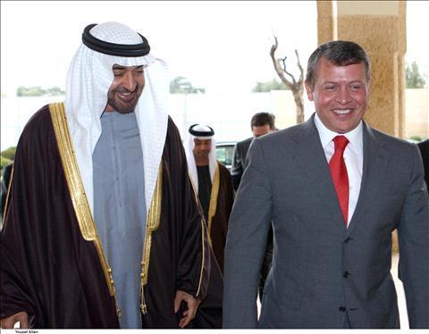 الملك يؤكد اعتزازه بالعلاقات التاريخية والاخوية مع الامارات