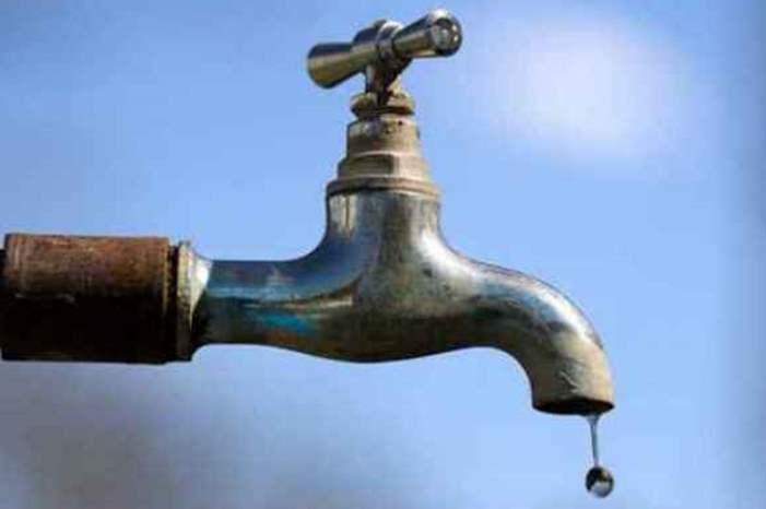 انقطاع المياه عن وادي الحجر ...
