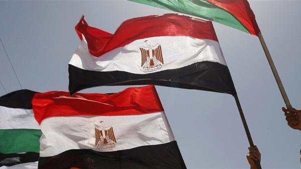 مصادر: مصر تقوم باتصالات مكثفة لوقف التصعيد المتبادل فى قطاع غزة