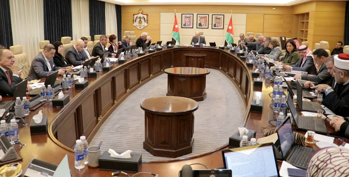 مجلس الوزراء يوافق على نظام معدِّل لنظام تقاعد موظفي البلديّات ومكافآتهم