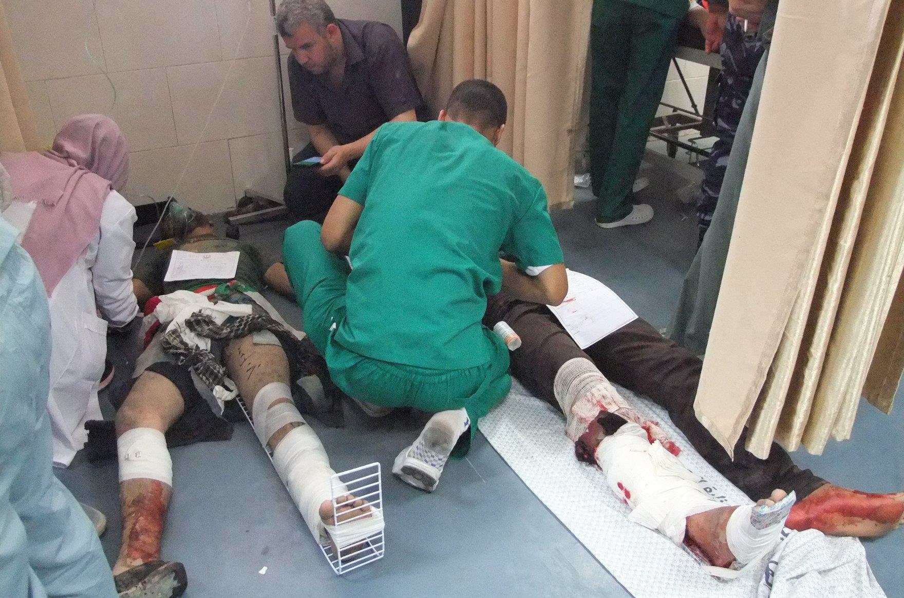 43 شهيدا واكثر من 2000 جريح في مجزرة اسرائيلية متواصلة ضد مسيرات العودة في غزة