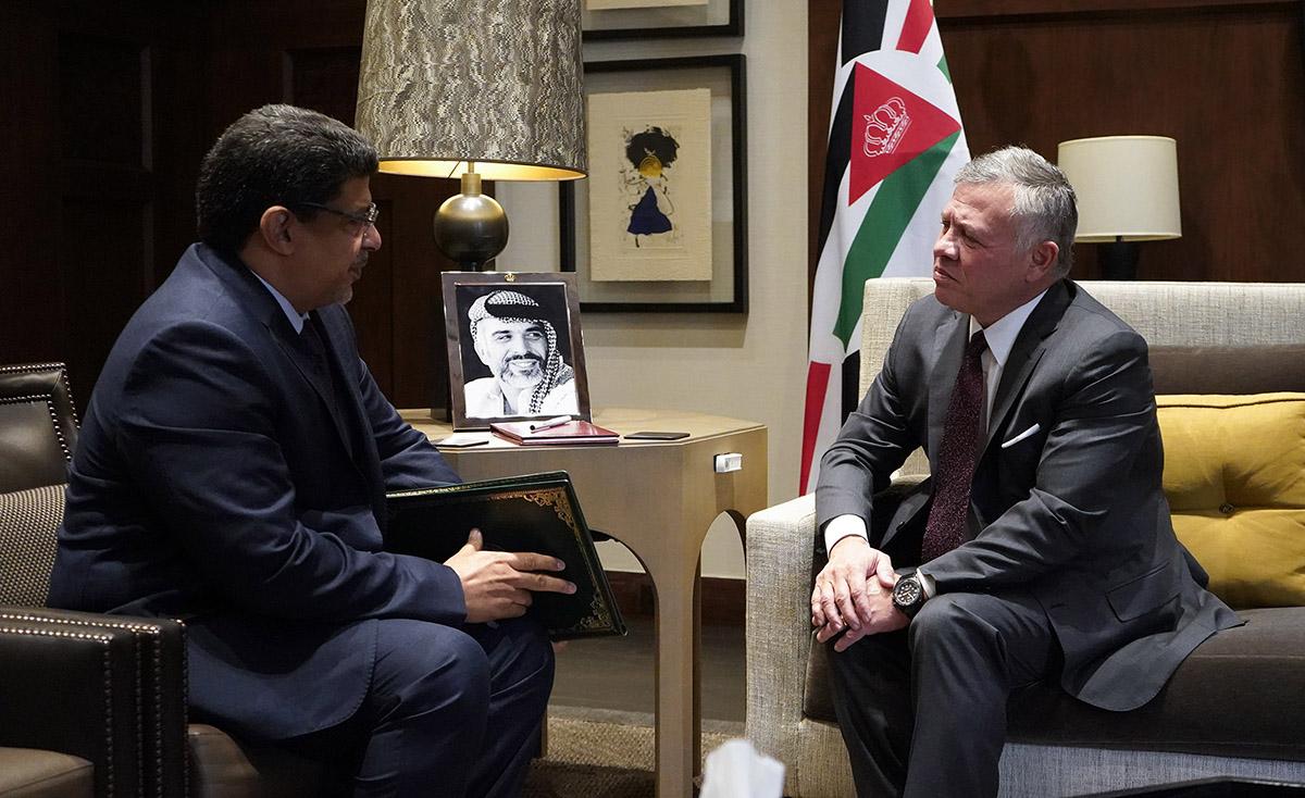 جلالة الملك يتسلم رسالة من الرئيس الموريتاني نقلها المبعوث الخاص للرئيس