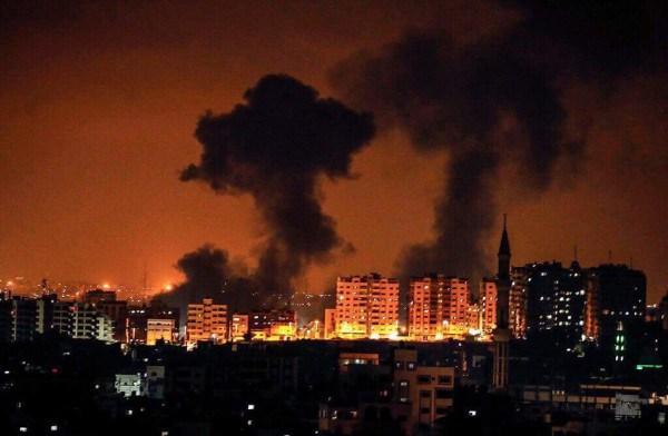قصف من الطيران الحربي الإسرائيلي متواصل على عدة مناطق في قطاع غزة