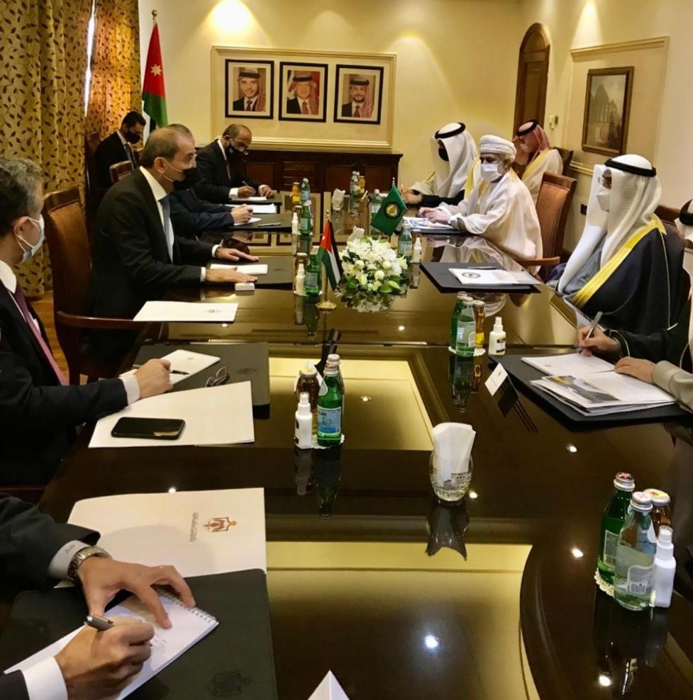وزير الخارجية يلتقي أمين عام مجلس التعاون لدول الخليج العربية