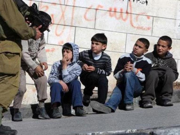 الاتحاد الأوروبي يعرب عن قلقه إزاء اعتقال واستهداف إسرائيل لقاصرين فلسطينيين