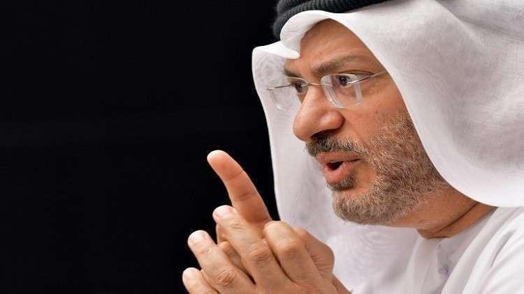 قرقاش: على قطر وقف المراهقة السياسة