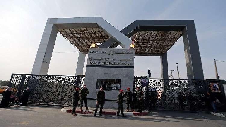 مصر: تمدد فتح معبر رفح وتقدم مساعدات إنسانية لسكان غزة