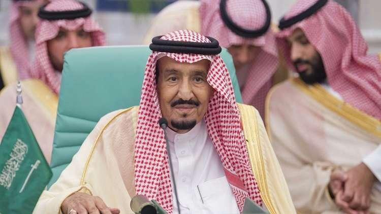 الملك سلمان يستقبل المشاركين في مؤتمر أفغانستان
