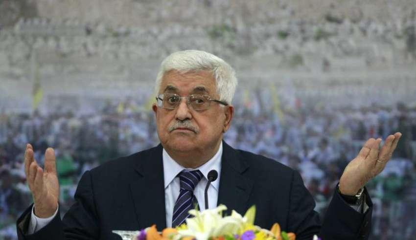 عباس يدعو حماس إلى تسليم قطاع غزة وإنهاء الإنقسام
