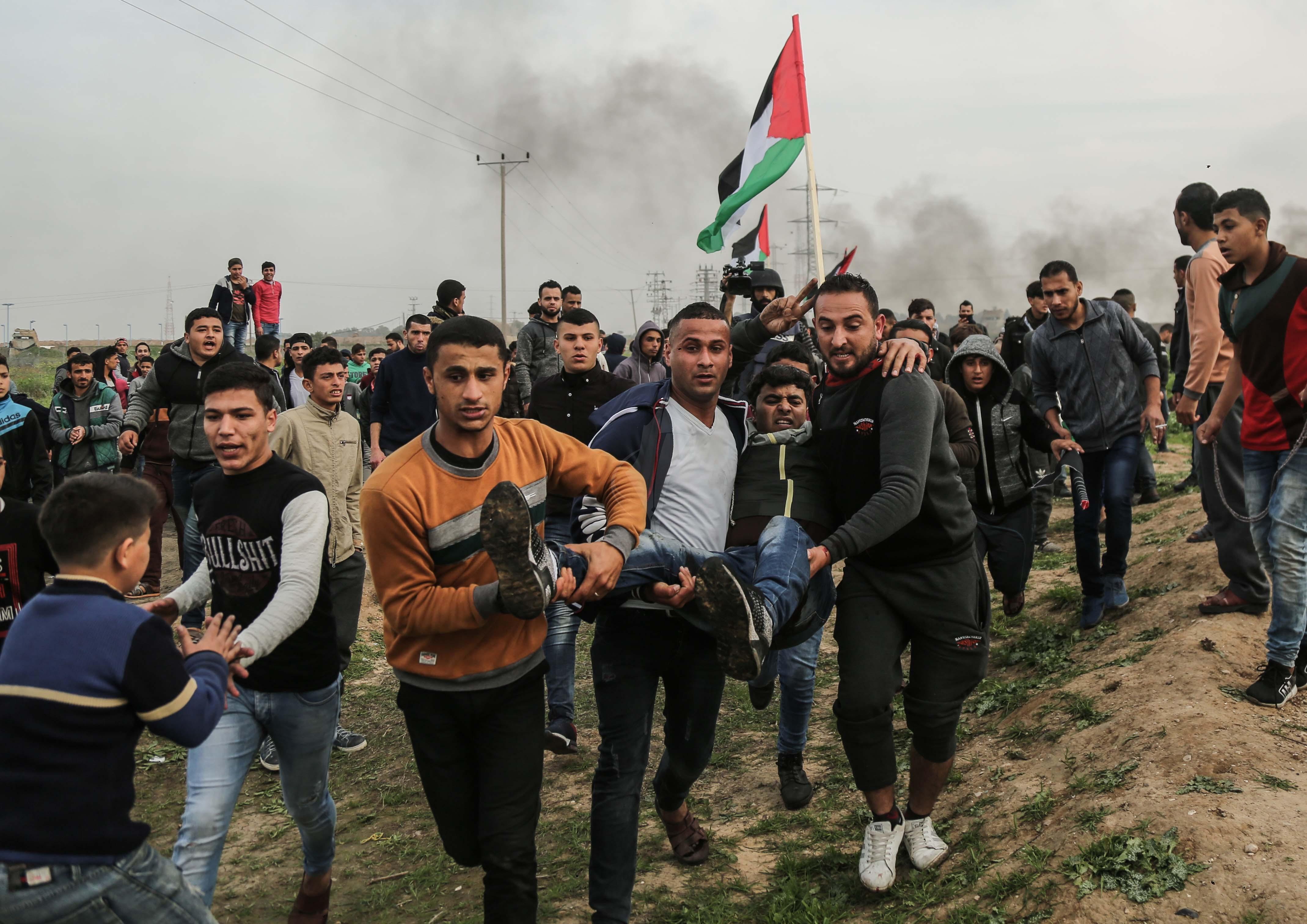 (في مليونية النكبة الـ71)عشرات الإصابات برصاص جيش الإحتلال شرق قطاع غزة