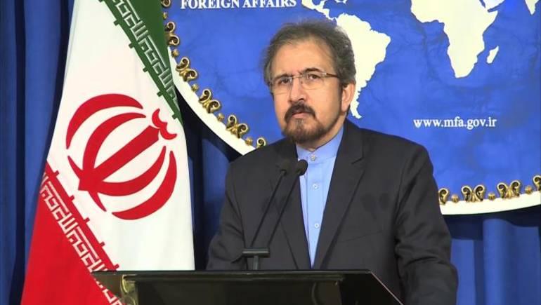 إيران تأسف لما جاء في البيان الختامي للقمة العربية