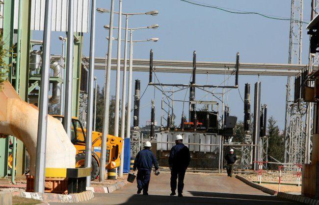 """""""كهرباء غزة"""" الجدول المعمول به خلال شهر رمضان 4 ساعات وصل مقابل 16 قطع"""