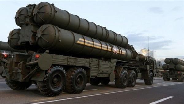 """مصدر روسي: منظومات صواريخ """"إس- 300"""" التي سلمت لسوريا محدثة"""