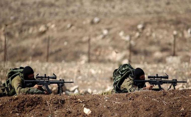 قوات الاحتلال الإسرائيلي تستهدف مجموعة من الشبان شرق القطاع