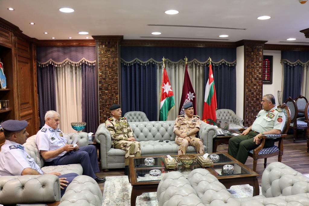 رئيس هيئة الأركان المشتركة الأردنية يستقبل قائد سلاح الجو العراقي