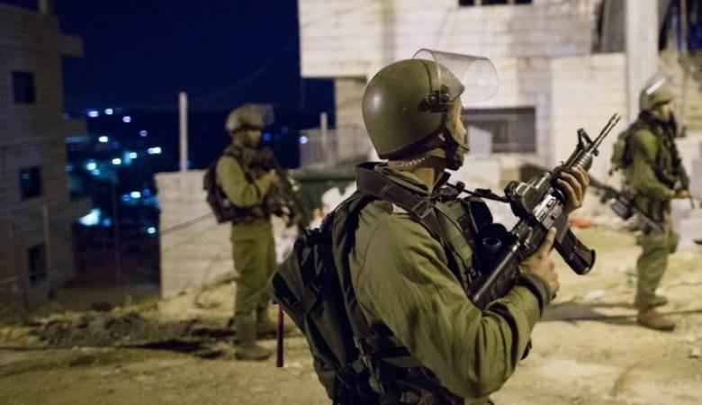 الاحتلال الإسرائيلي يعتقل 7 مواطنين من الضفة أحدهم من ذوي الاحتياجات الخاصة