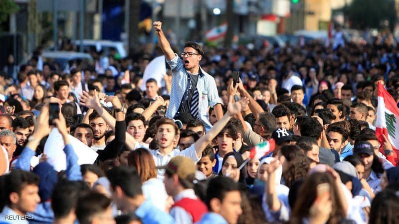 انتفاضة طلابية تعم لبنان