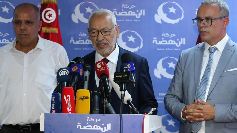 النهضة الإسلاموية في تونس تتراجع وتقبل مرشحا من خارجها لرئاسة الحكومة