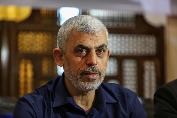 السنوار:متفقون مع الشقيقة مصر على عدم عسكرة المسيرات ويجب وقف التنسيق الأمني