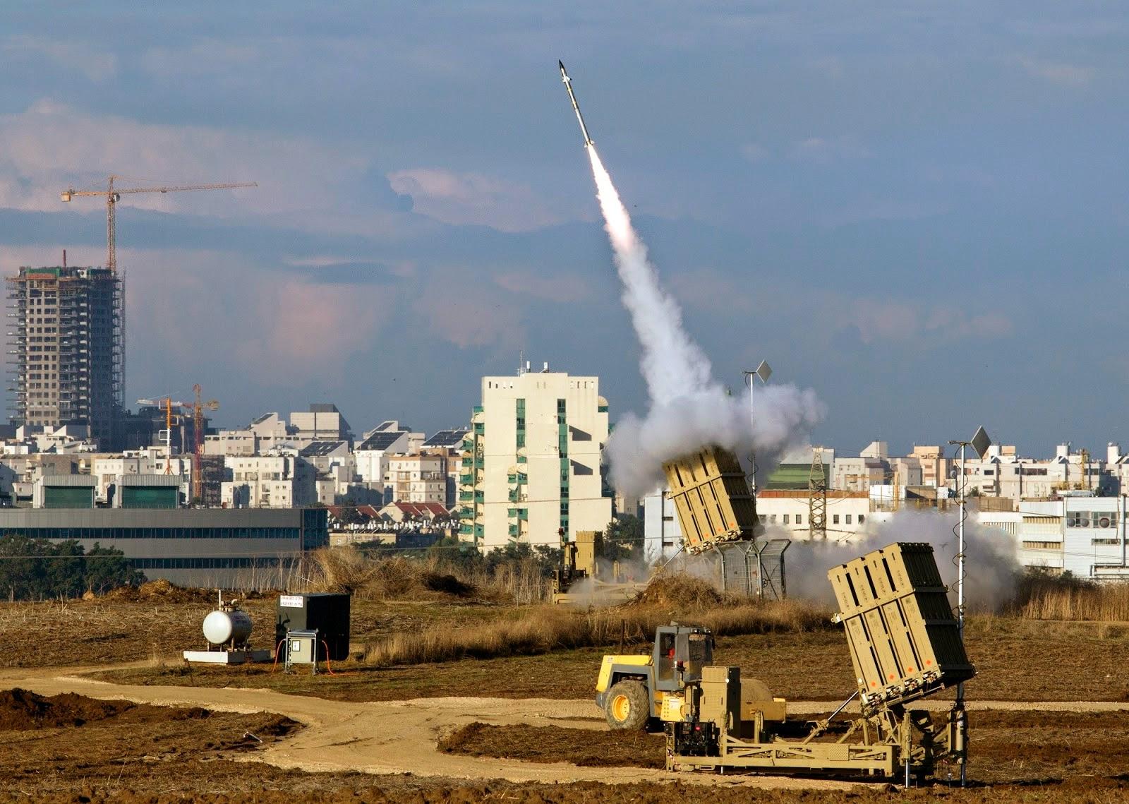 """صفارات الإنذار تدوي في سماء """"مستوطنات غلاف غزة"""" والإعلام العبري يتحدث عن إعتراض هدف"""