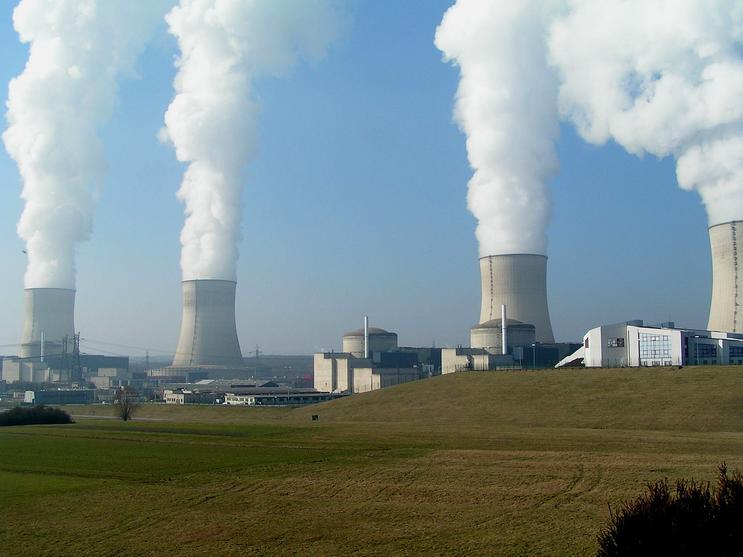 الهند تتفق مع أمريكا على إنشاء 6 محطات للطاقة النووية