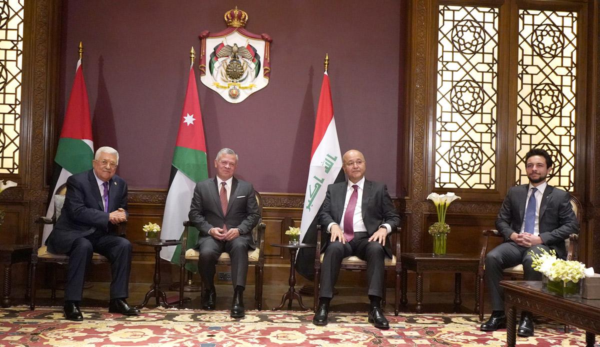 إجتماع ثلاثي بين جلالة الملك والرئيس العراقي والرئيس الفلسطيني في عمان